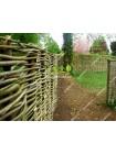 Плетеный забор из орешника